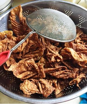 Má Huā – Fried Dough Twist – 麻花